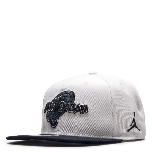 Nike Jordan Cap Space White Black