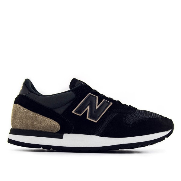 New Balance M770 SKF Black Sand